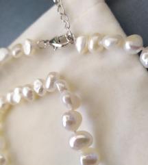 Novo,ogrlica,biserna