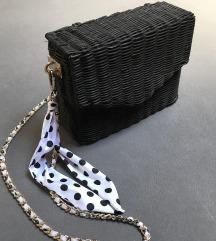 Zara pletena torbica
