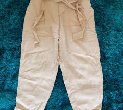Bershka hlače vrećastog oblika