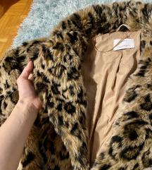 Bershka krzneni leopard kaput. Pt u cijeni