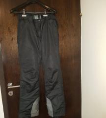 Crne skijaške hlače M/L,ko NOVO