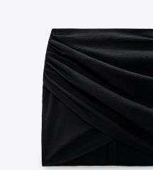 Mini suknja s preklopom crna
