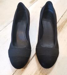Crne velur cipele