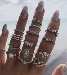 Set od 15 prstena-60 kn