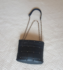 Bershka torbica