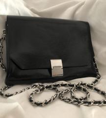 ZARA crna elegantna pismo torbica