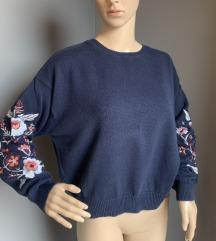 H&M pulover sa vezom