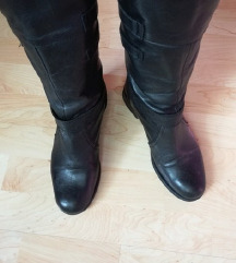 visoke crne kožne čizme br.37