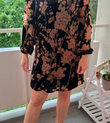 AMISU crna cvjetna haljina s efektom pliša