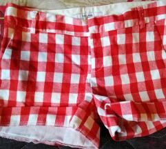 Zara kratke hlačice  34-36