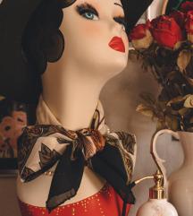 Cvjetna vintage marama