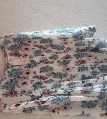 Plisirana cvjetna bluza