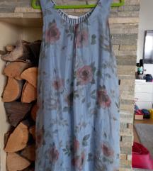 Cvijetna haljina plava sa otvorenim leđima