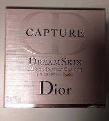 Capture dream skin cushion