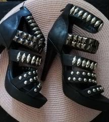 Nove sandale