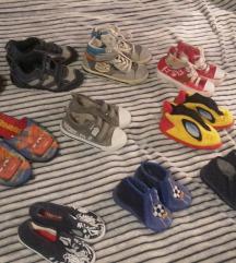 Veliki Lot  obuće za dječake  10 KOM
