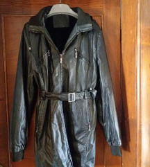 Crna duža jakna