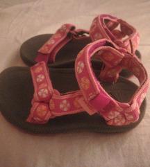 Nove Teva sandalice, vel. 20