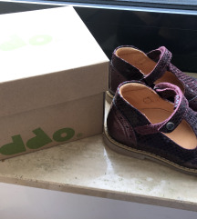 Nove ljubičaste Froddo cipelice curice 25