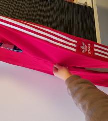 Adidas crvene tajice L