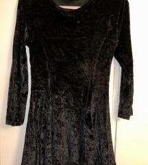 Crna kratka haljina