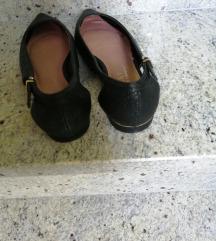 Crne Next cipele
