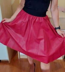Crvena suknja midi