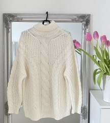 Zimski pulover CROPP