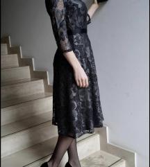 Comma čipkasta haljina
