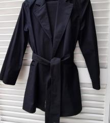 Popelin crno odijelo
