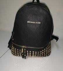 Michael kors  ruksak/ nije orginal