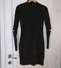 Crna haljina s metaliziranim vlaknima