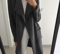 Zara sivi kaput S !!BLACK FRIDAY-300 KN!!