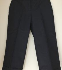 36 Naf Naf ženske ljetne hlače