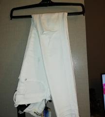 *NOVE* hlače s etiketom