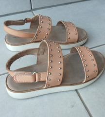 Zara sandale v. 34