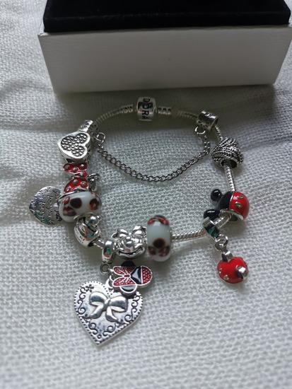 Pandora narukvica, Disney/srce