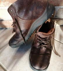 Bkt cipele br. 46