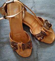 2+1 gratis Sandale