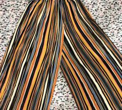 Lepršave hlače na pruge