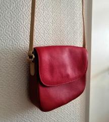 Tamnocrvena kožna torbica