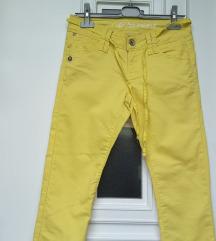 Kao nove, Esprit hlače, M