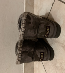 MOU cizme