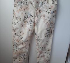Bershka hlače - nikad nošene