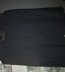 Muško svečano odijelo %400kn%