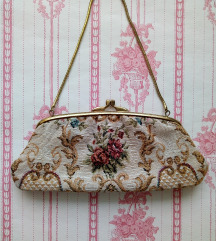 Vintage vezena torbica AKCIJA 150 kn!