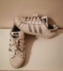 Adidas br. 40