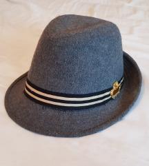 TRN novi šešir