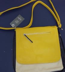 Ova srednja torba u tri boje