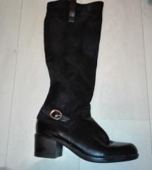 Crne kozne čizme zimske
